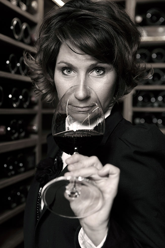 Estelle Touzet, chief sommelier at Ritz Paris - © Alban Couturier