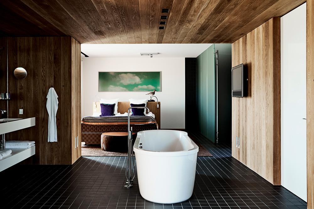 The Johannes Larsen Suite