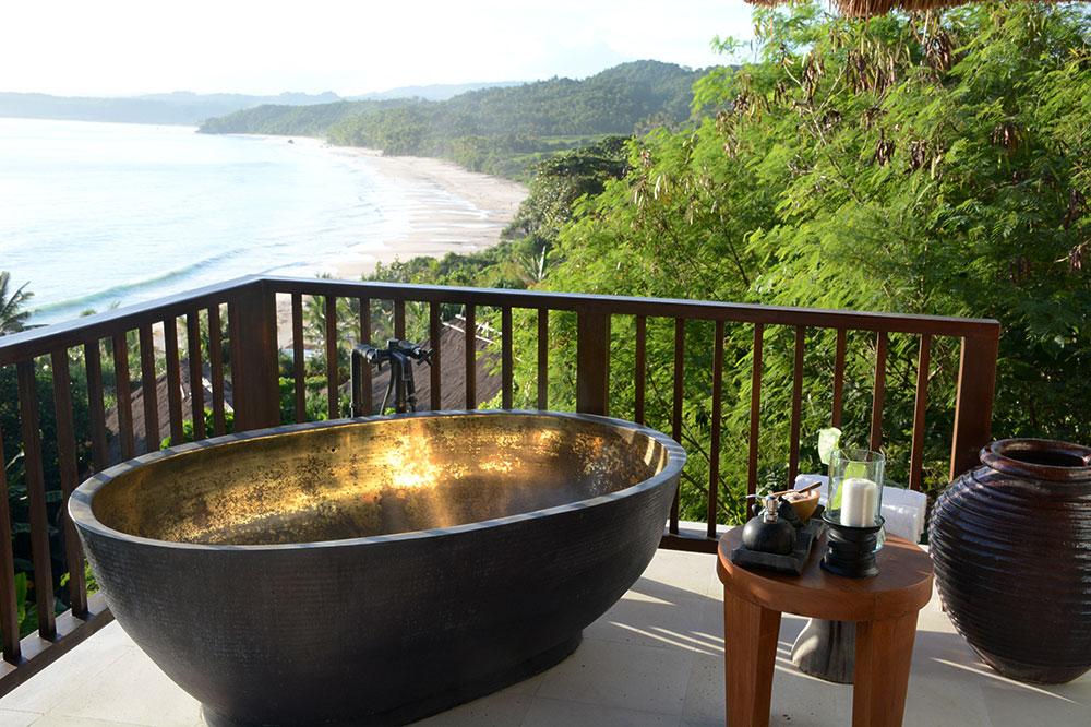 The tub of our Mandaka room at Nihi Sumba