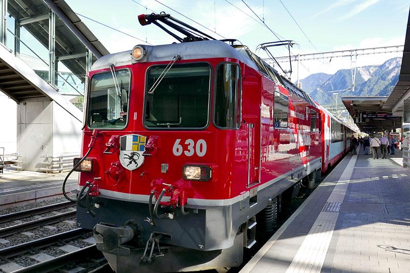 The Glacier Express at Chur station, en route to Zermatt