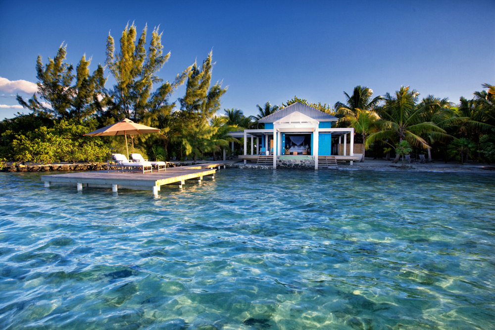 Shallow waters in front of your private bungalow, perfect for bonefishing