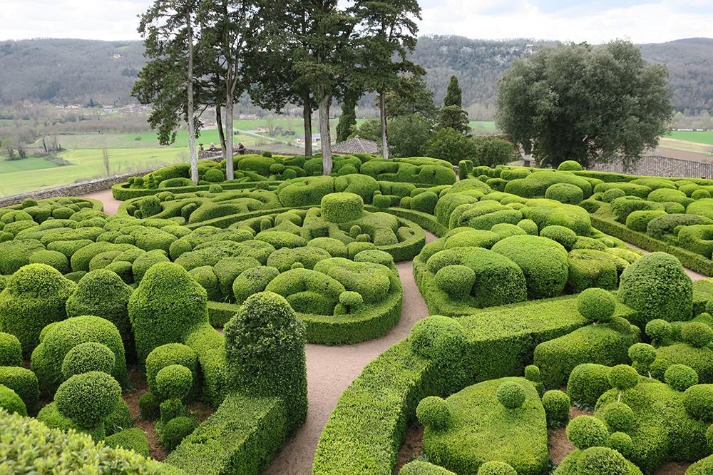 Surreal Clifftop Garden in France | Hideaway Report | Andrew Harper