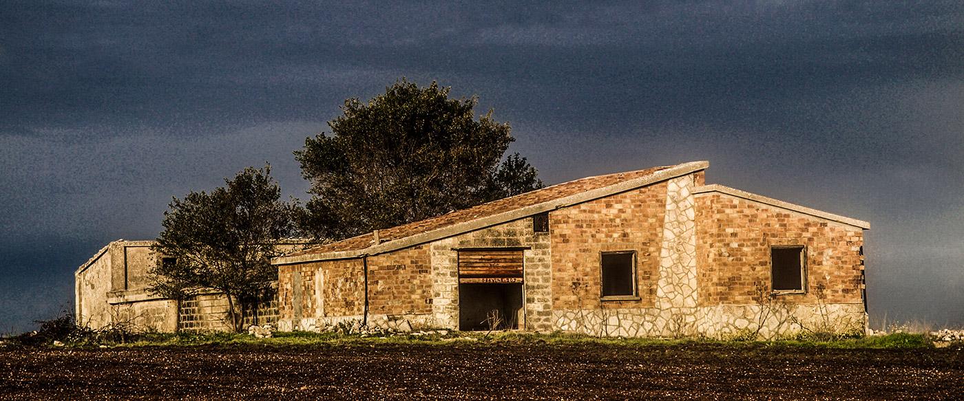 masseria the italian farmhouses of puglia