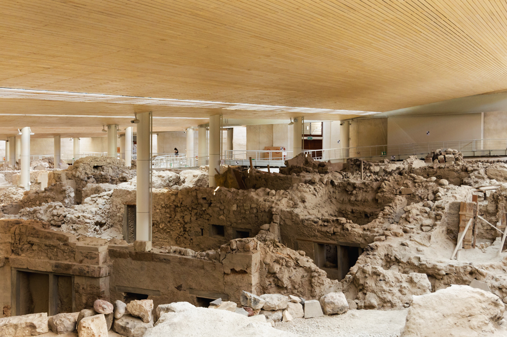 Akrotiri archeological excavation site - Photo by Norbert Nagel