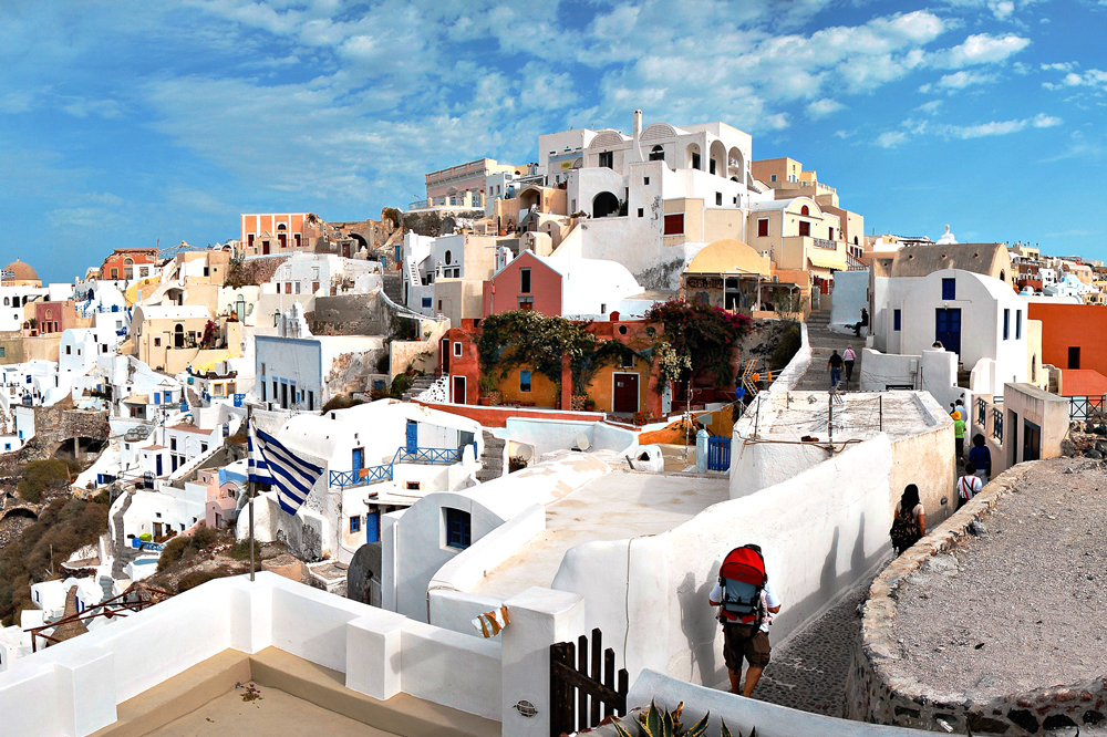 Spectacular view of Oia, a small town and former community on the island of Thira (Santorini)