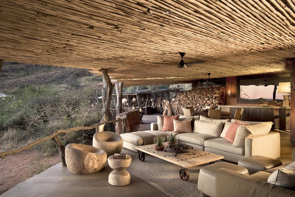 Hotel tswalu kalahari tarkuni main terrace