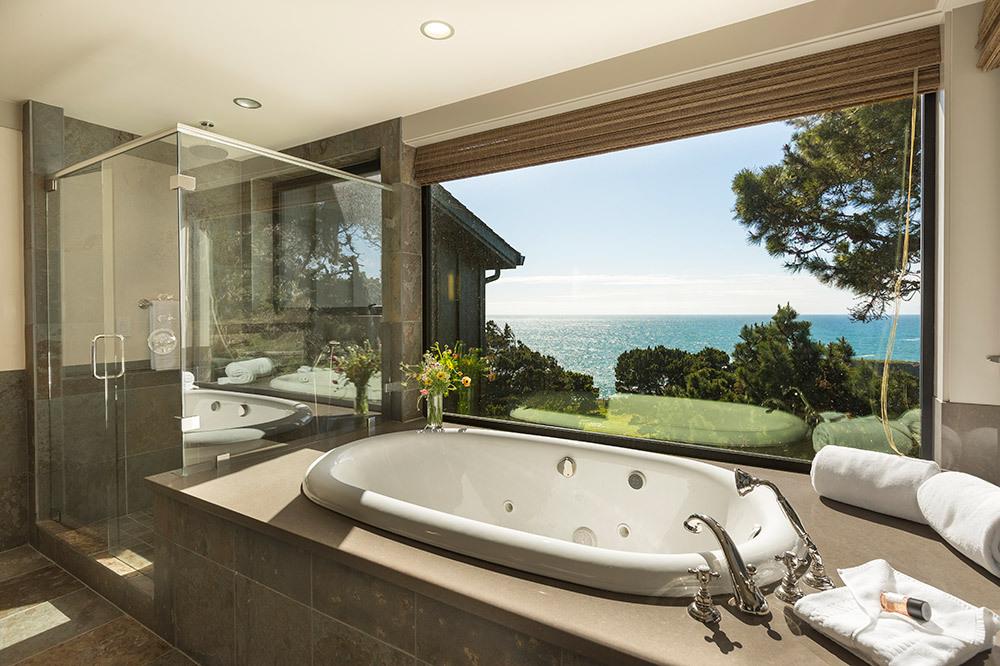 Charming Heritage Suite Bath, Heritage House, Mendocino, California