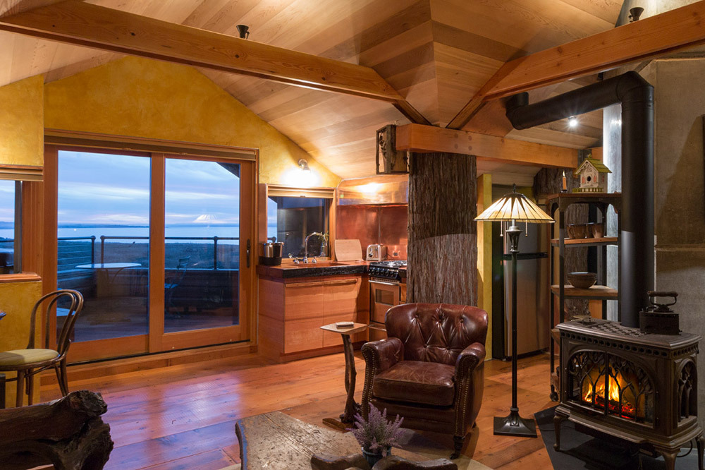 The Birdhouse Suite at the Inn at Newport Ranch in Fort Bragg, California