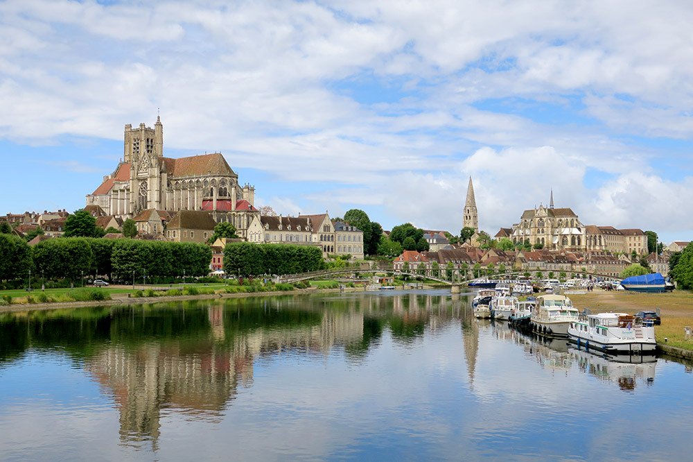 Burgundy road trip 8 day itinerary andrew harper travel for Jardin gourmand auxerre