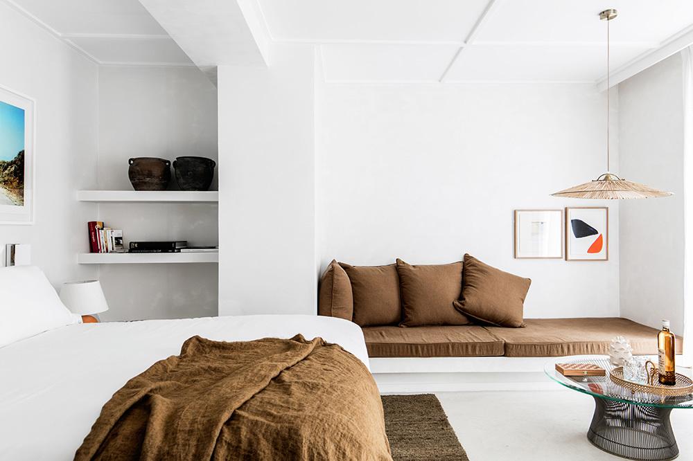 h tel les roches rouges cote d 39 azur hotel andrew harper. Black Bedroom Furniture Sets. Home Design Ideas
