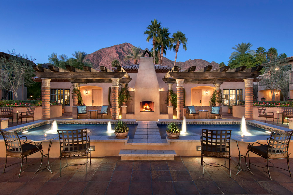 royal palms resort and spa luxury hotel in phoenix. Black Bedroom Furniture Sets. Home Design Ideas