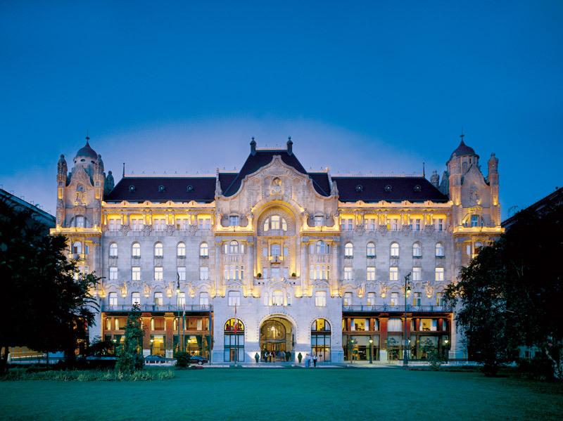 Four seasons gresham palace luxury hotel in budapest hungary for Hotel budapest