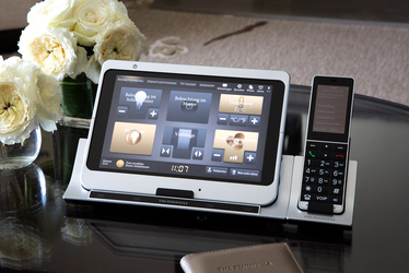 The peninsula chicago luxury hotel in chicago illinois for Tablet hotels chicago