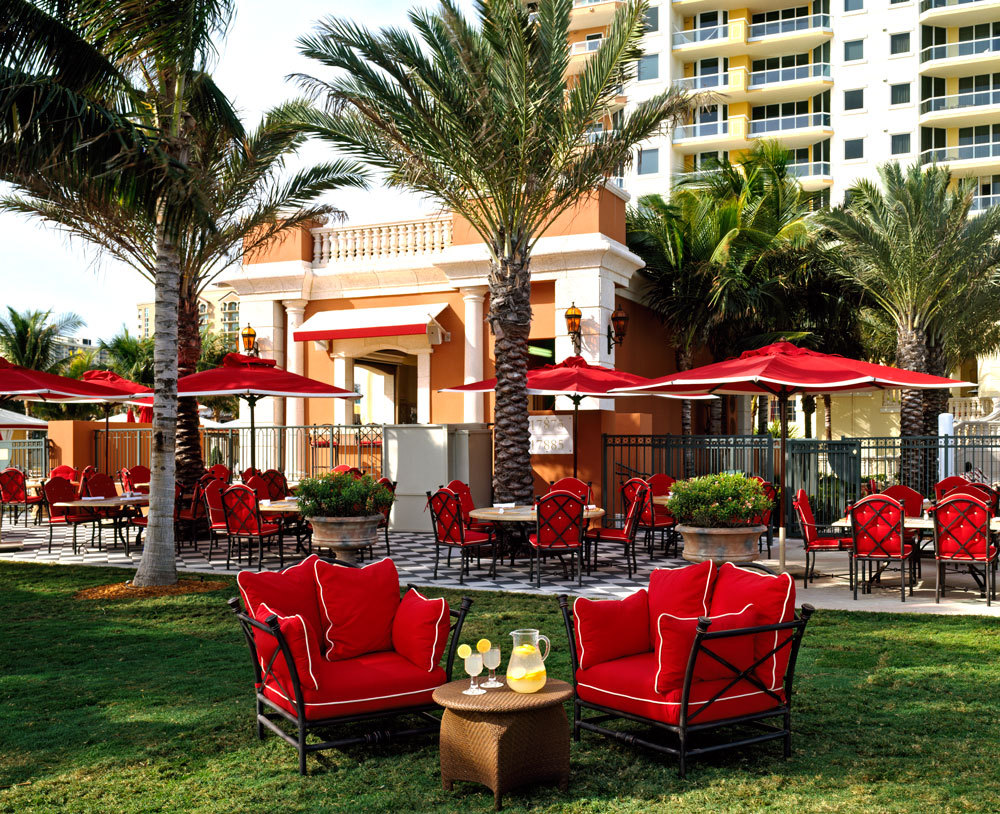 Costa Grill restaurant Acqualina Resort