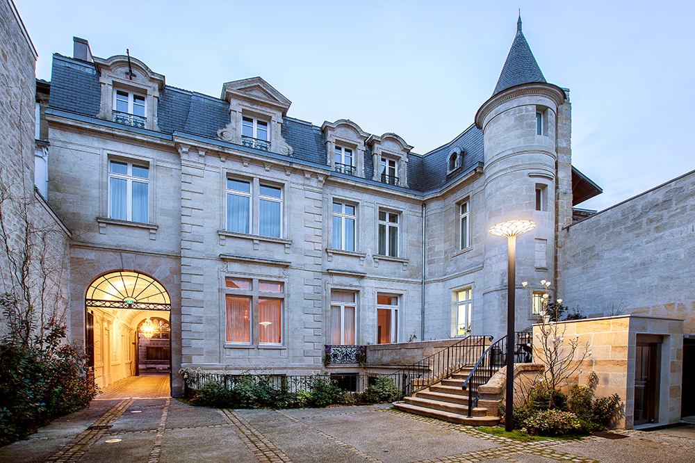 Ynd h tel luxury hotel in bordeaux france for Top hotel france