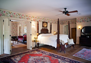 Master suite at Greyfield Inn