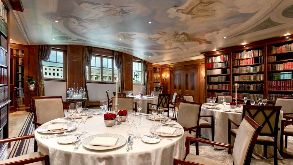 Hotel Adlon Kempinski. Lorenz Adlon Esszimmer Restaurant