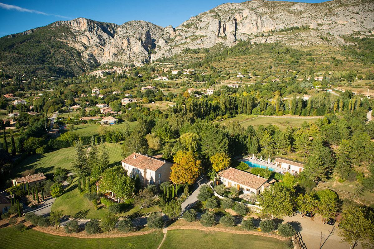 La bastide de moustiers luxury hotel in alpes de haute provence france - Office du tourisme moustiers sainte marie ...