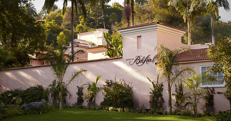 hotel_bel_air_entrancesign