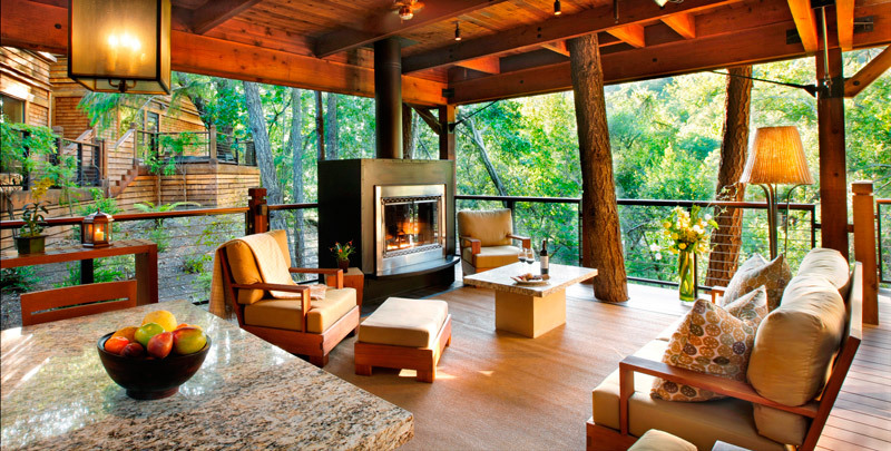 calistoga_ranch_meadow_lodge_outdoor_living_room