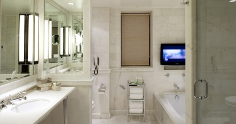 luxury hotel lowell new york bathroom