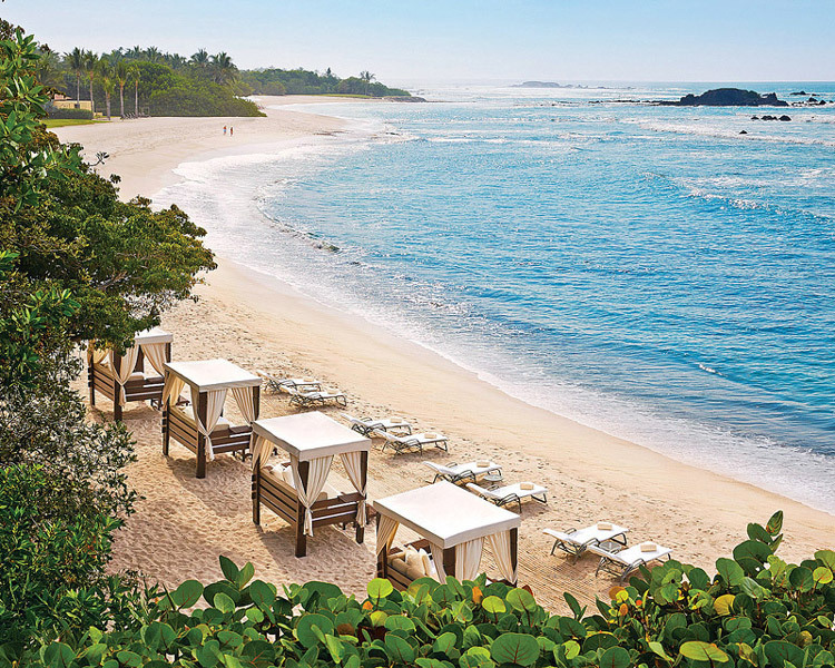 Four Seasons Punta Mita. Christian Horan