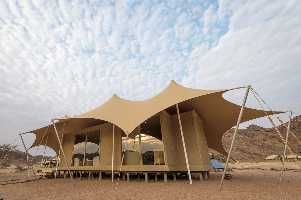 Hoanib Skeleton Coast C& & Hoanib Skeleton Coast Camp | Luxury Hotel in Namibia Southern Africa