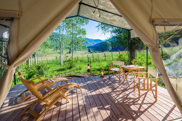 cresto_ranch_dunton_hot_springs_mountain_tent_deck