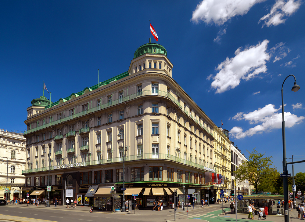 Hotel bristol luxury hotel in vienna austria for Luxury hotels austria