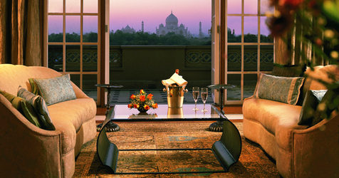 3207_the_oberoi_amarvilas_sitting
