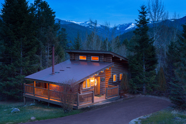 Triple Creek Ranch lodge exterior