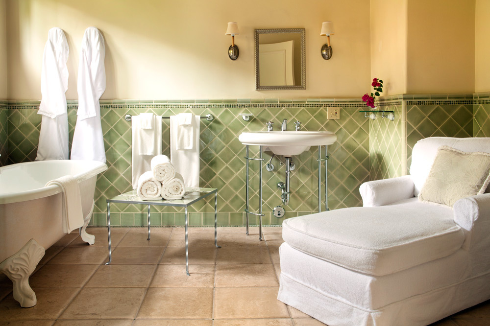 bath springs chat rooms Tabacon thermal resort & spa is a luxury arenal hotel amidst the breathtaking beauty of the rainforest and natural hot springs  rooms and suites  bath.