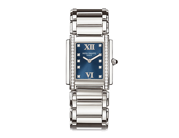 Patek Philippe Twenty~4® ladies stainless steel diamond case bracelet watch featuring a blue sunburst diamond dial. (4910/10A-012)