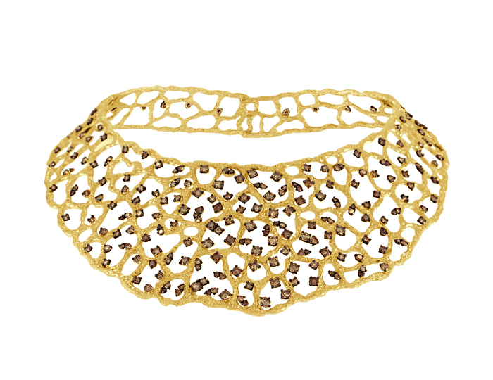 Roberto Coin round brilliant cut brown diamond collar necklace in 18k yellow gold.