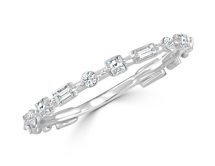 Bez Ambar blaze cut, baguette cut and round brilliant cut diamond band in 18k white gold.