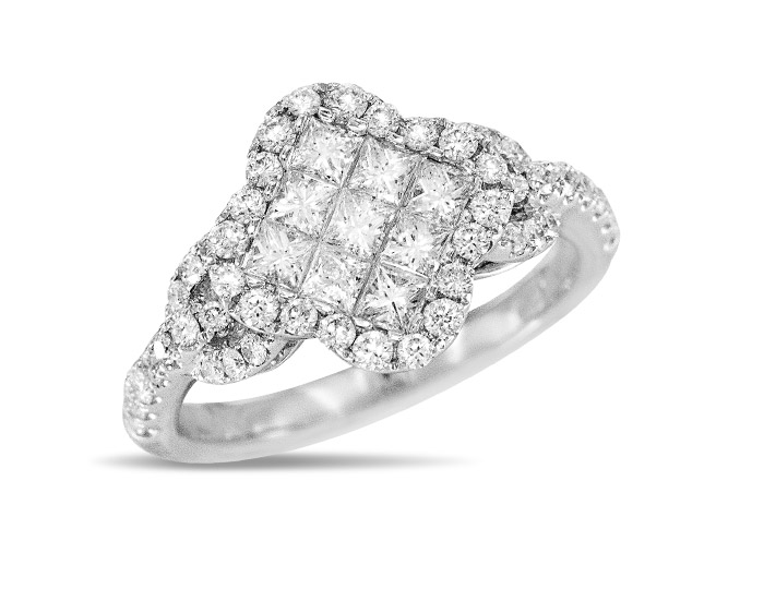 Princess cut and round brilliant cut diamond ring in 18k white gold.