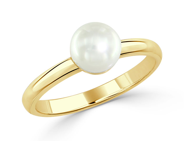 Cultured pearl ring in 18k yellow gold.