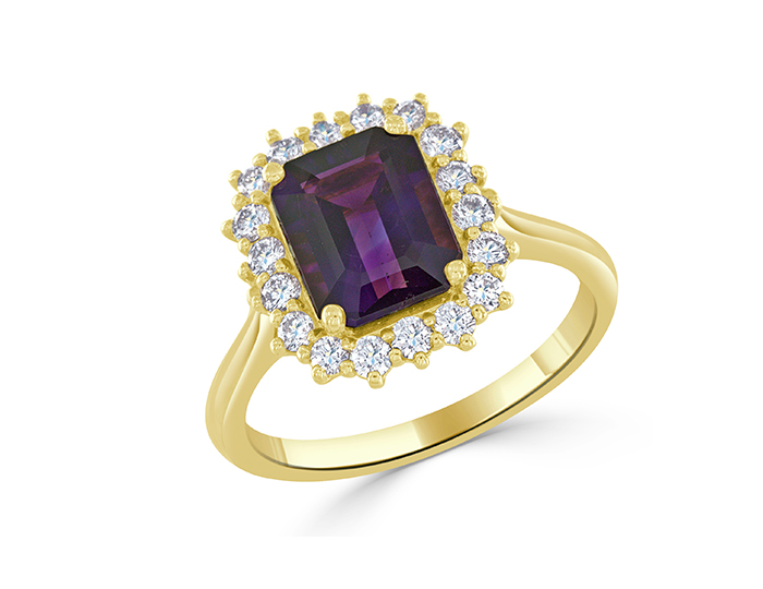 Amethyst and round brilliant cut diamond ring in 18k yellow gold.
