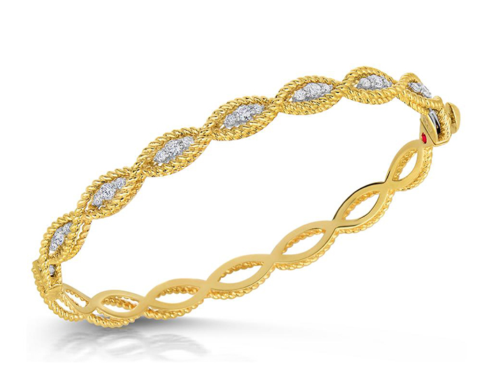 Roberto Coin Barocco Collection round brilliant cut diamond bracelet in 18k yellow gold.
