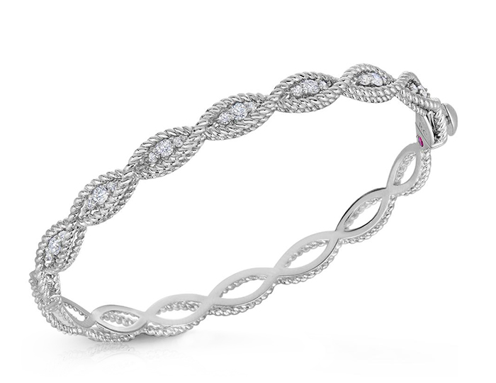 Roberto Coin Barocco Collection round brilliant cut diamond bracelet in 18k white gold.
