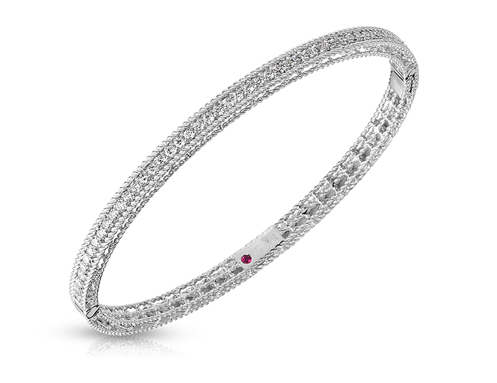 Roberto Coin Princess Collection round brilliant cut diamond bracelet in 18k white gold.