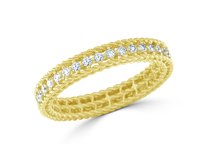 Roberto Coin Symphony Collection round brilliant cut diamond ring in 18k yellow gold.