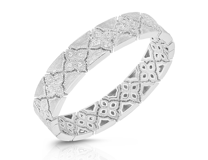 Roberto Coin Venetian Princess Collection round brilliant cut diamond bracelet in 18k white gold.