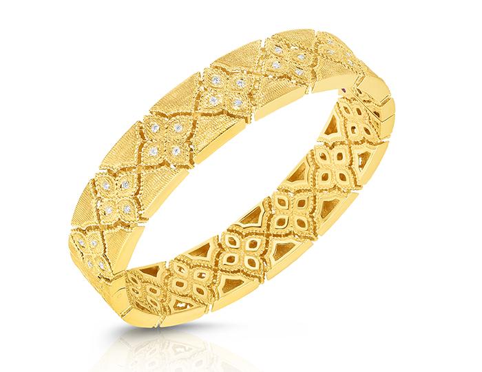 Roberto Coin Venetian Princess Collection round brilliant cut diamond bracelet in 18k yellow gold.