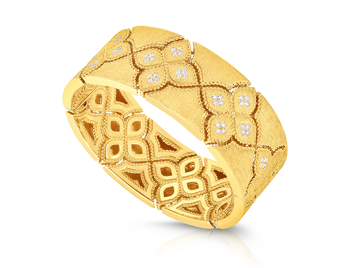 Roberto Coin Venetian Princess Collection round brilliant cut diamond bracelet in 18k yellow gold.