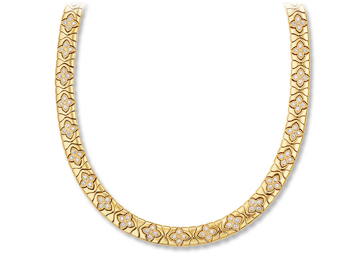 Roberto Coin Royal Princess Flower collection round brilliant cut diamond neckalce in 18k yellow gold.