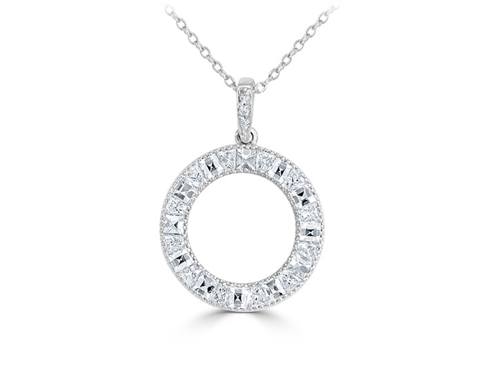 Blaze cut, quadrillion cut and round brilliant cut diamond pendant in 18k white gold.