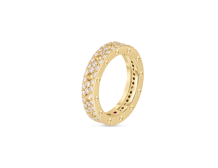 Roberto Coin Pois Mois Collection round brilliant cut diamond ring in 18k yellow gold.