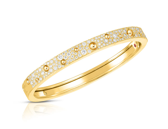 Roberto Coin Pois Moi Luna collection diamond bracelet in 18k yellow gold.