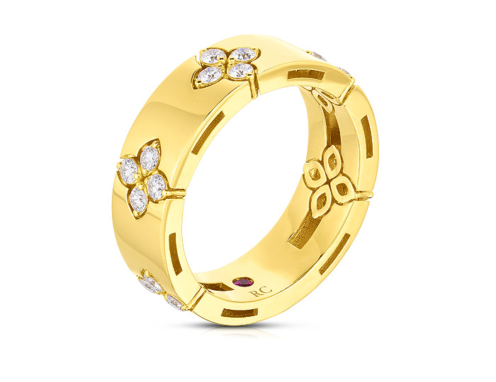 Roberto Coin Verona collection round brilliant cut diamond ring in 18k yellow gold.